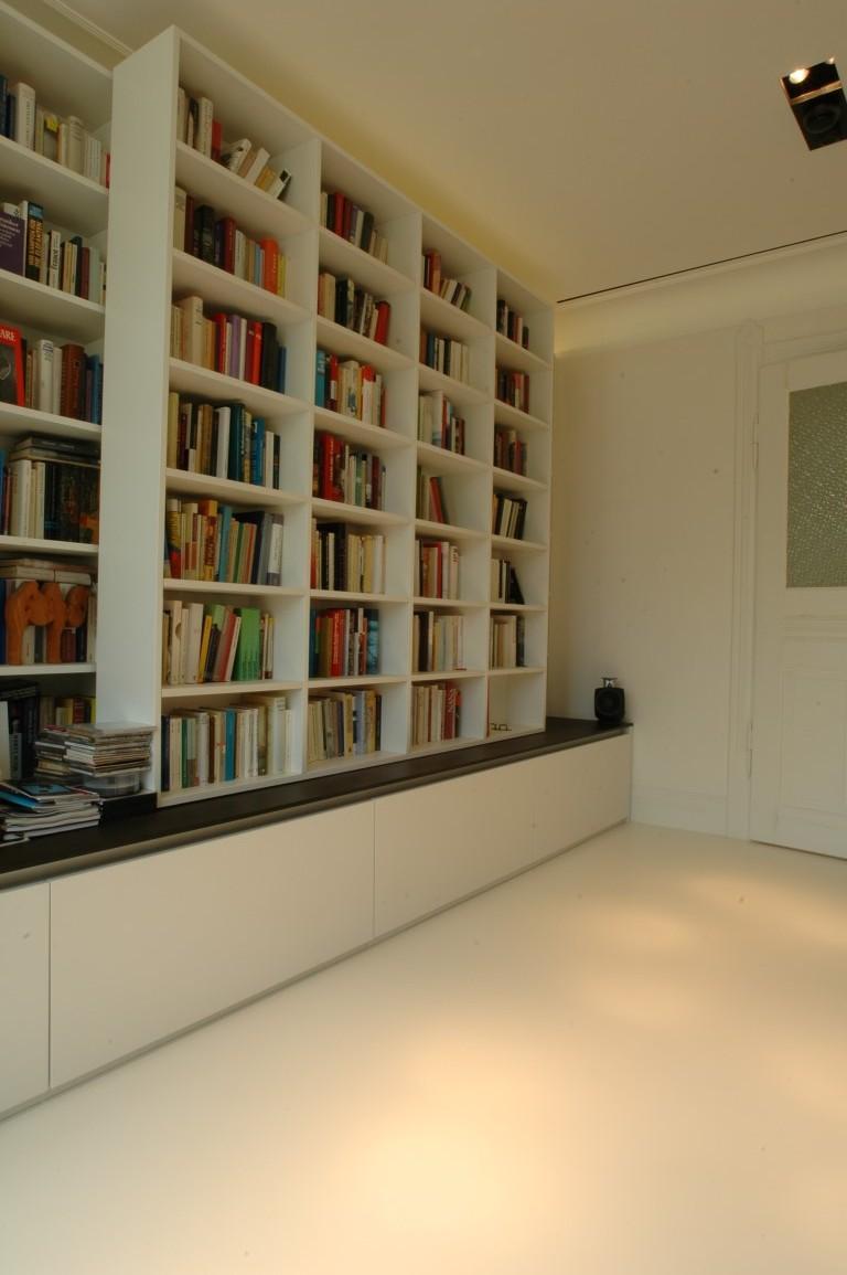 zwinz bibliothek b cherregal verschiebbar echt zwinz. Black Bedroom Furniture Sets. Home Design Ideas