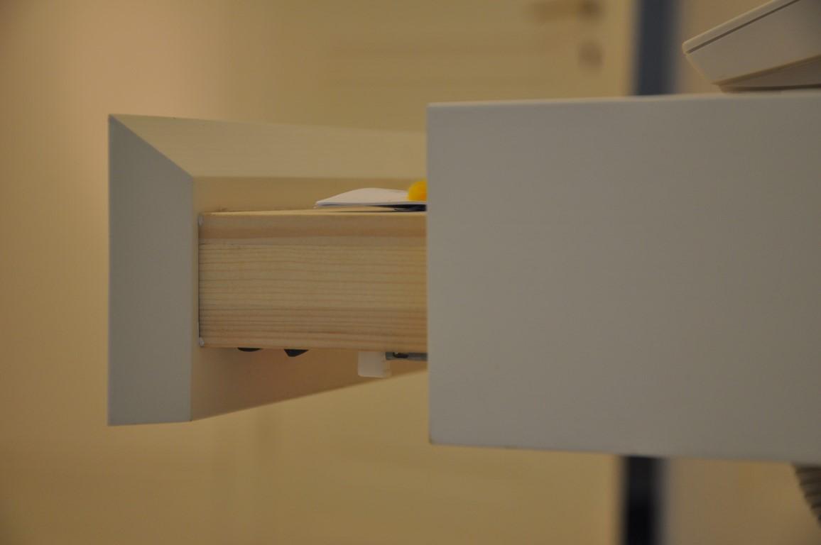 Zwinz Einrichtung Planung Flur Bank Schublade Detail Schreinerei