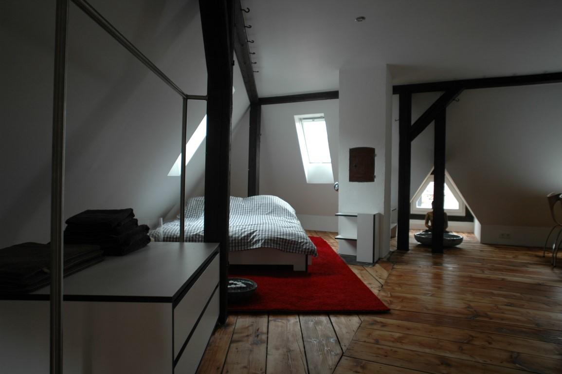 Zwinz Innenarchitektur Dachausbau Einrichtung Bett