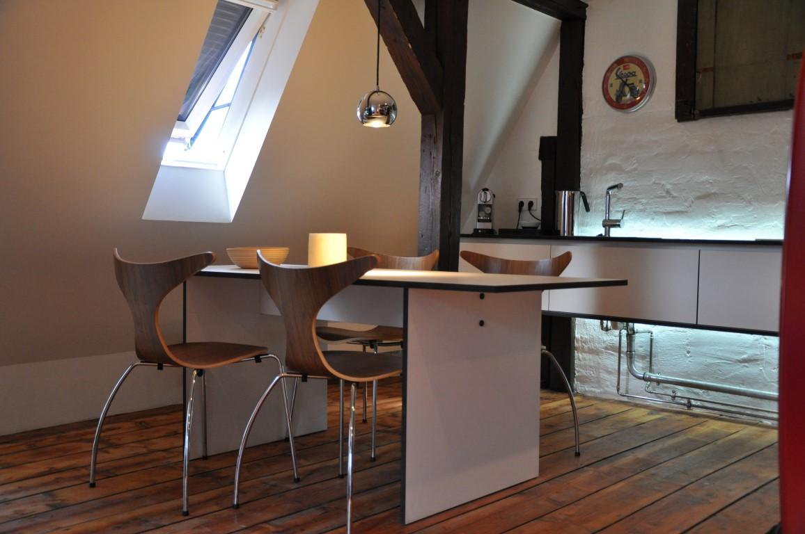 Zwinz Innenarchitektur Dachausbau Einrichtung Küche Sideboard ...