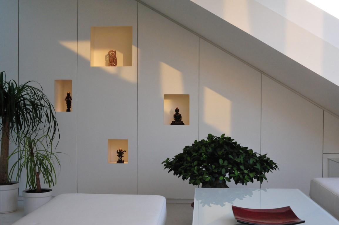 Zwinz Inneneinrichtung Wohnraum Einbauschrank Dachschräge Vitrinen ...