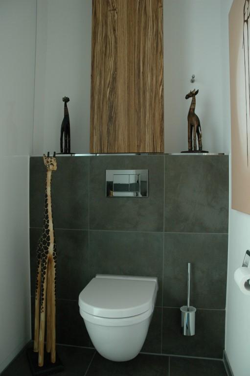 wc b rste im schrank 155633 ontwerp inspiratie voor de badkamer en de kamer inrichting. Black Bedroom Furniture Sets. Home Design Ideas