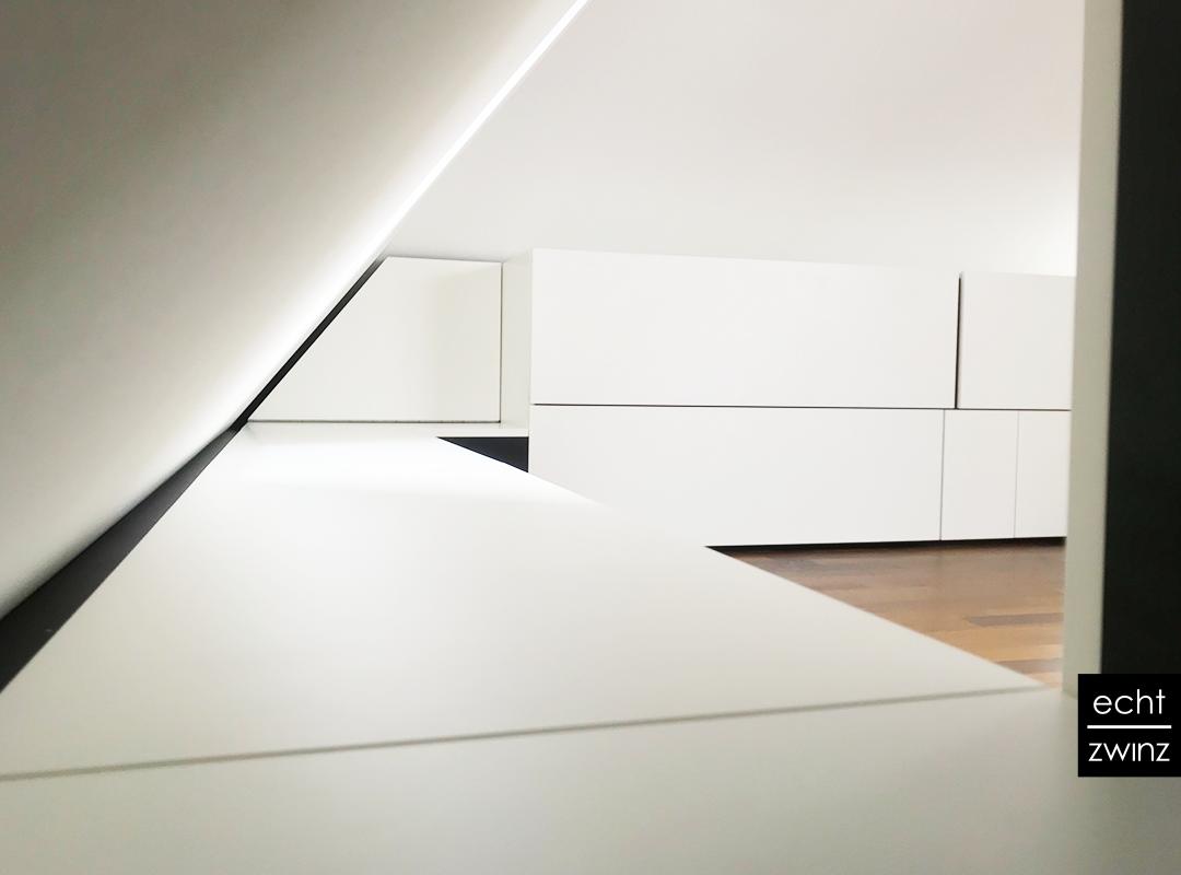 Details und Geheimtüren für clevere Raumnutzung im Home-Office