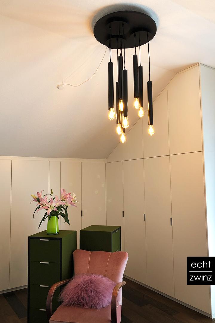 Schlafzimmer mit Ankleide im edlen Interior Design
